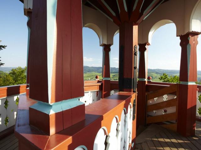 Jurkovičova rozhledna v Rožnově pod Radhoštěm bude otevřena až do konce října, foto Destinační managment turistické oblasti Beskydy-Valašsko o.p.s.