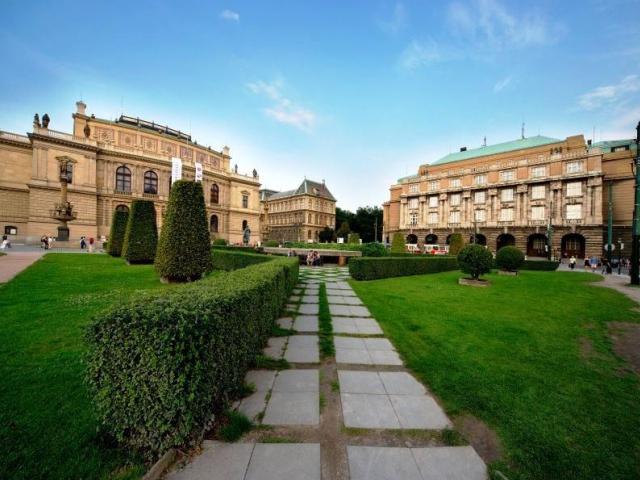 Jakému účelu má sloužit Palachovo náměstí, foto Institut plánování a rozvoje hlavního města Prahy