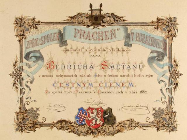 Národní muzeum představuje kolekci ocenění českému skladateli na nové výstavě Čestné diplomy a dary Bedřichu Smetanovi v Muzeu Bedřicha Smetany. Foto Národní muzeum
