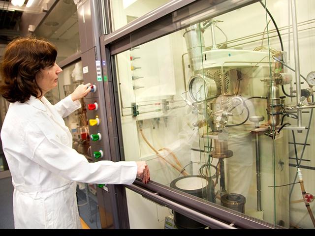 Nové výzkumné centrum UniCRE využijí studenti VŠCHT Praha, foto UNIPETROL, a.s.