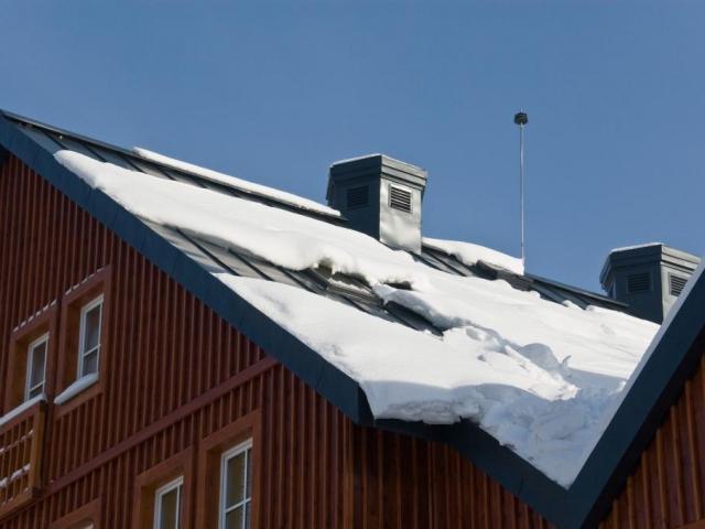 Jak si poradit se sněhem na střechách, foto Lindab s. r. o.