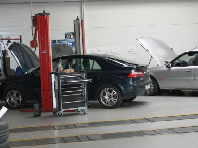 Ministerstvo dopravy brání podvodům: připravilo novou aplikaci na kontrolu tachometru, foto Praha Press