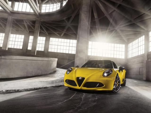 Inovativní a svůdný italský design - zcela nová Alfa Romeo 4C Spider, foto Fiat Chrysler Automobiles N.V.