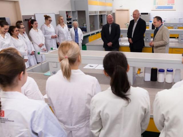 VŠCHT Praha investuje 800 milionů do vybavení pro studenty, foto VŠCHT