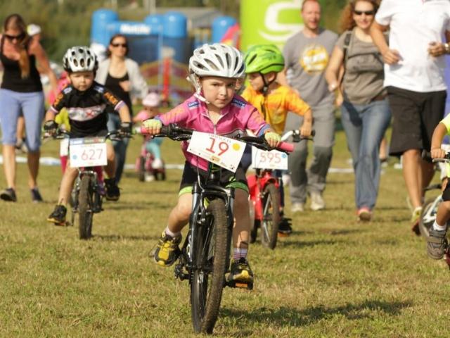 Druhý ročník cyklistických závodů Bikeclinic cup startuje již v dubnu. Foto Blue Gekko