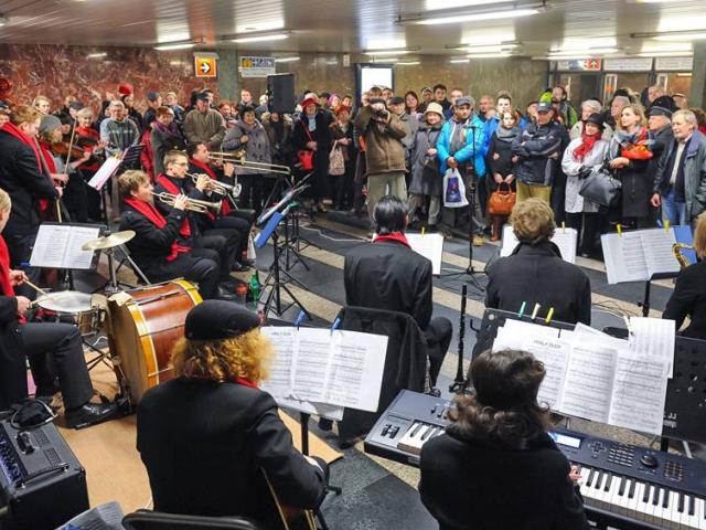 Nalaďte se v metru již počtvrté, foto DPP, Hejna