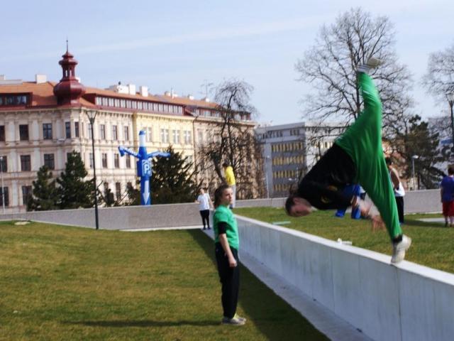Parkour získává také u nás stále více následovníků. Foto Praha Press