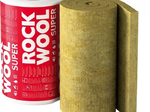 Izolace kamennou vlnou omezí přehřívání domu v létě a zabrání únikům tepla v zimě, foto ROCKWOOL, a.s.