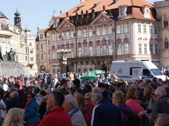 Zahraniční návštěvníci nejčastěji jezdili do Prahy (5,3 mil.), foto Praha Press