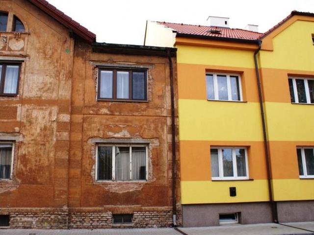 Plastová okna volí při stavbě 62 procent lidí, foto Praha Press