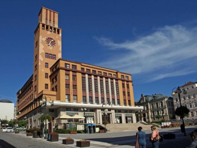 Jablonec nad Nisou připravil kvalitní informační servis pro turisty. Budova radnice, foto JKIC