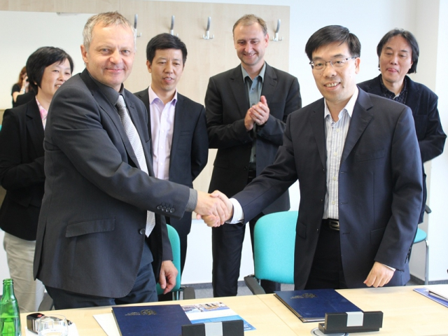 Studenti Západočeské univerzity budou moci vyjet na zkušenou do Číny, foto Západočeská univerzita v Plzni