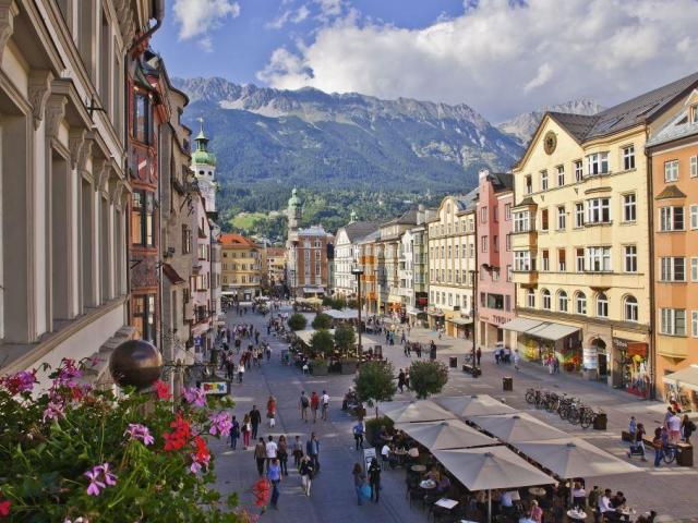 Centrum alpského města Innsbruck, foto © Innsbruck Tourismus