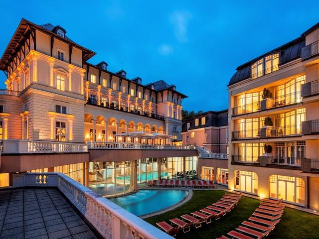 Exkluzivní wellness pobyt 4 = 3 v Hotelu Grand Spa Marienbad