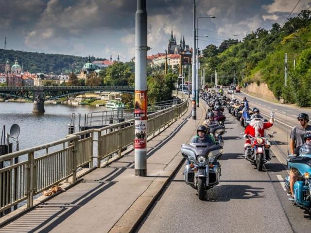 Zábavné Prague Harley Days 2015 pro návštěvníky jakéhokoliv věku, foto KLASIK MOTO, a.s.