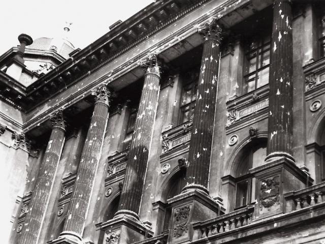 Na Národním muzeu zůstanou na fasádě viditelné stopy po střelbě okupantů ze srpna 1968. Foto Národní muzeum