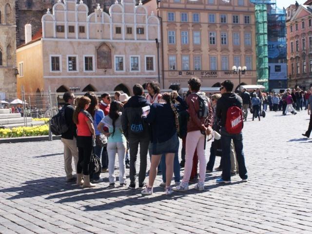 Pražští průvodci získají nové profesní legitimace, foto Praha Press