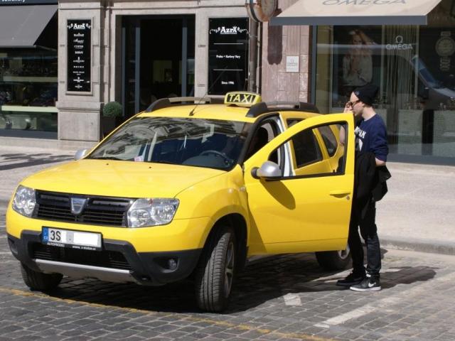 Praha zavede standardy v taxislužbě, foto Praha Press