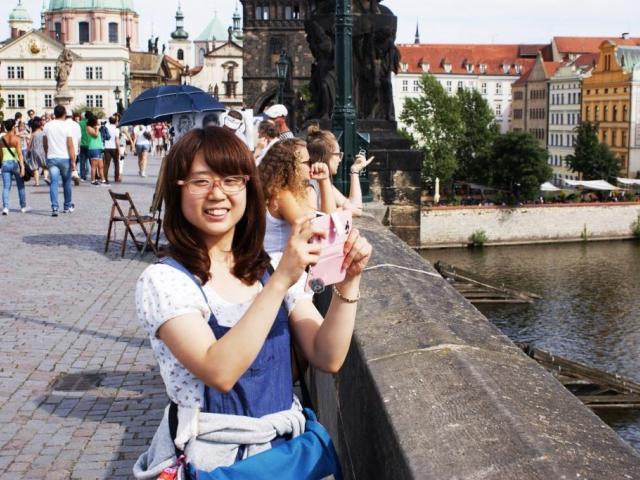 V Praze přibývá turistů z Asie, ale i rezidentů. Letní sezóna by mohla být rekordní, foto Praha Press