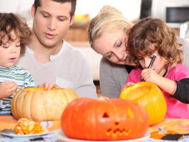 Pestrý podzim v Centru Černý Most s farmářskými trhy, vinobraním a stylovým Halloweenem, foto Cetrum Černý Most
