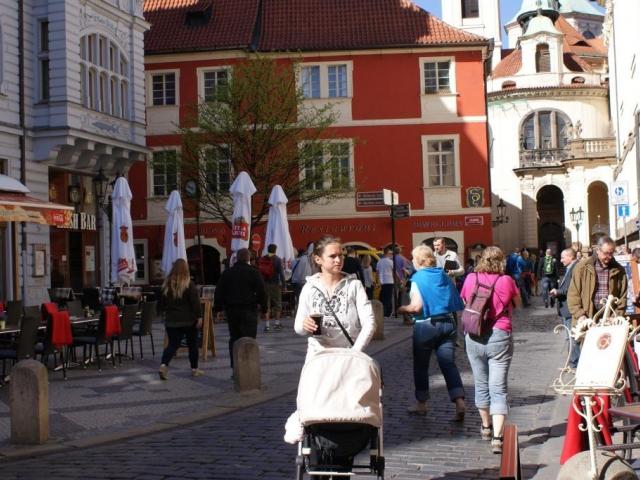Hlavní město letos obsadilo první příčku srovnávacího výzkumu Místo pro život 2015
