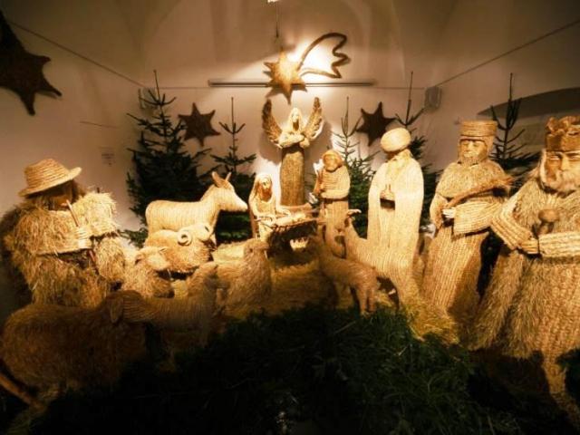 Jak se rodí betlémy aneb Vánoce v Muzeu Karlova mostu. Foto Muzeum Karlova mostu