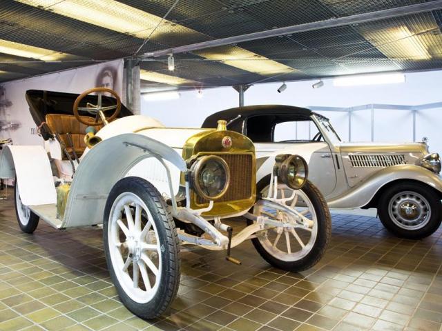 Výstava 120 let mladoboleslavské automobilky připomíná slávu české značky. Foto Národní technické muzuem