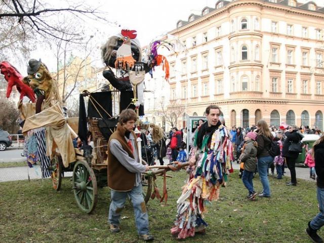 Přijďte v únoru na Karlínský masopust 2016, foto ÚMČ Praha 8