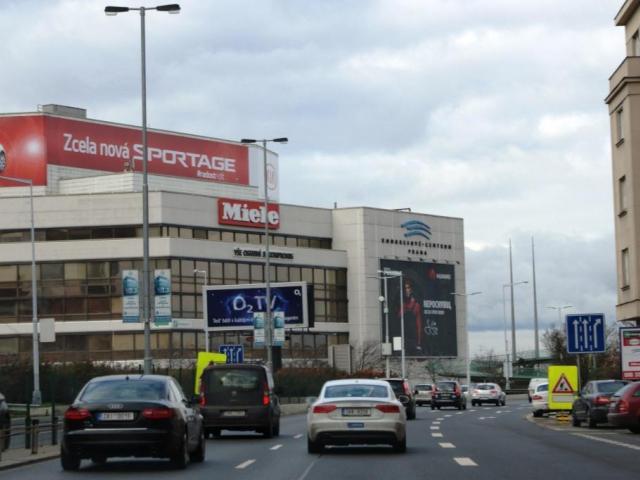 Na magistrále se už jezdí 80 km/h. Foto Praha Press