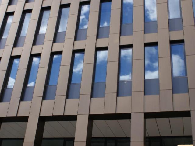 Loni se v Česku prodaly firmy za téměř 7 miliard eur