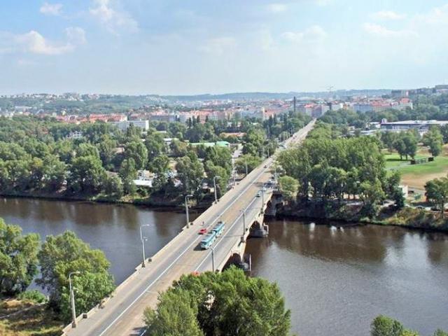 Česká komora architektů podporuje snahu o prohlášení Libeňského mostu kulturní památkou. Foto IPR Praha