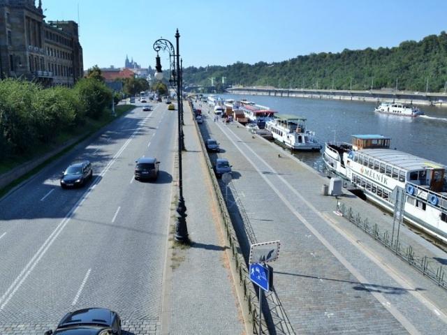 Praha zvelebí nábřeží Na Františku. Zapojí i občany. Foto IPR Praha