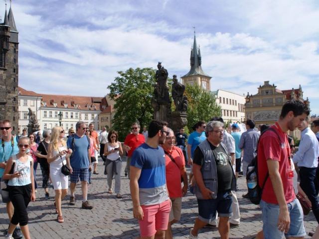 Příjezdová turistika v Praze je stále na vzestupu. Foto Praha Press