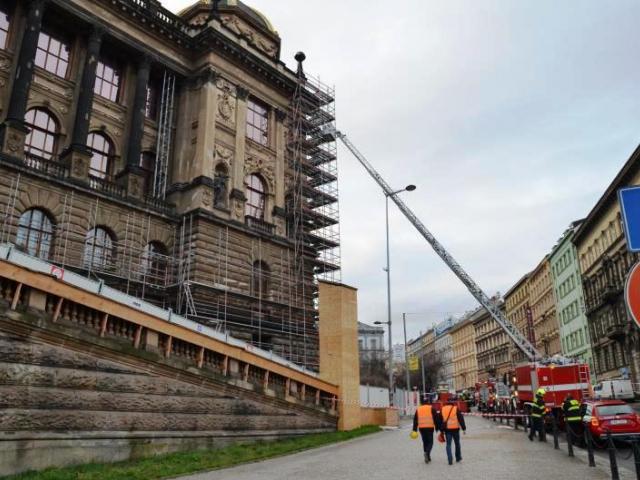 Hasiči rychle zvládli požár Historické budovy Národního muzea. Foto Národní muzeum