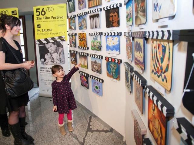 Kolekce 19. Salonu filmových klapek bude k vidění v několika městech