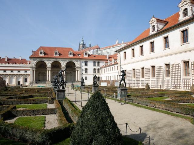 Valdštejnská zahrada je otevřena pro veřejnost, foto Senát PČR