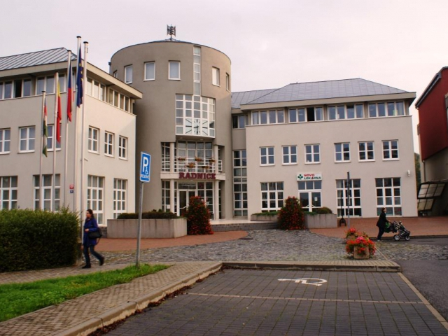 Praha Uhříněves má svou turistickou vizitku, foto Praha Press