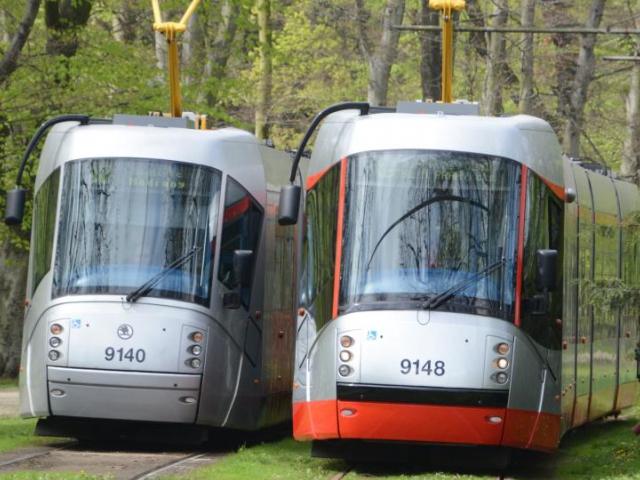 Upravená tramvaj 14T pro spokojenost cestujících. Foto Magistrát hl. m. Prahy