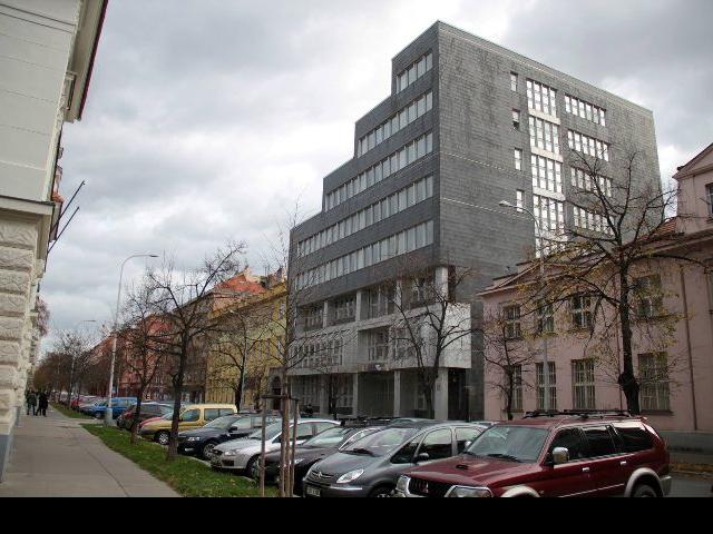 Osm návrhů na novou podobu radnice jde do finále, vítěze Praha 7 představí na výstavě , foto ÚMČ Praha 7