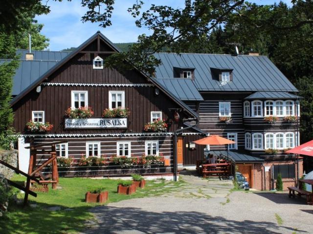 Skvělá dovolená v Krkonoších na 8 dní s polopenzí a wellness v penzionu Rusalka***