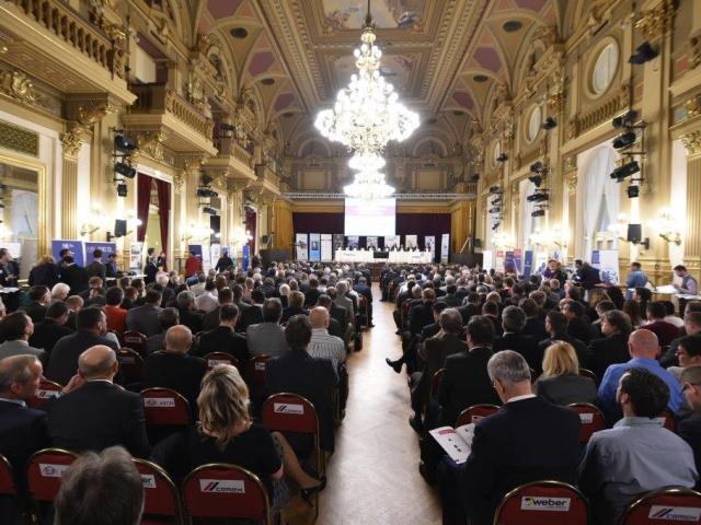 Ministr Mládek se zúčastnil Setkání lídrů českého stavebnictví. Foto MPO
