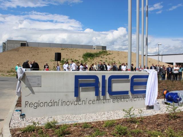 Západočeská univerzita otevřela výzkumné centrum RICE, foto Západočeská univerzita