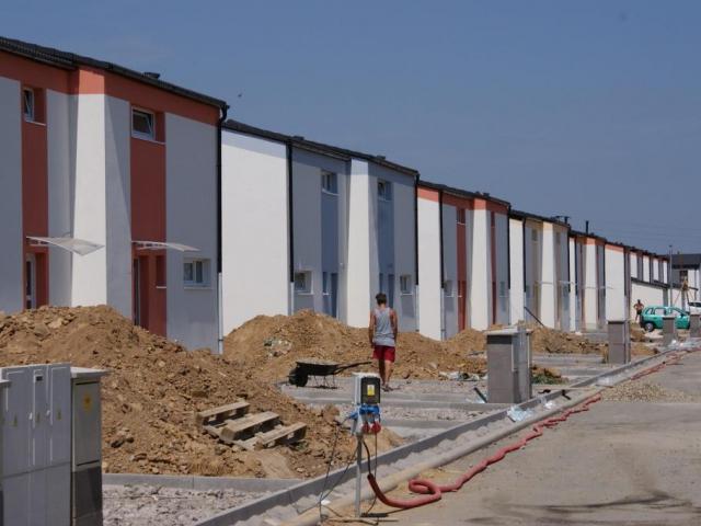 Zájem o hypotéky je obrovský. Foto Praha Press