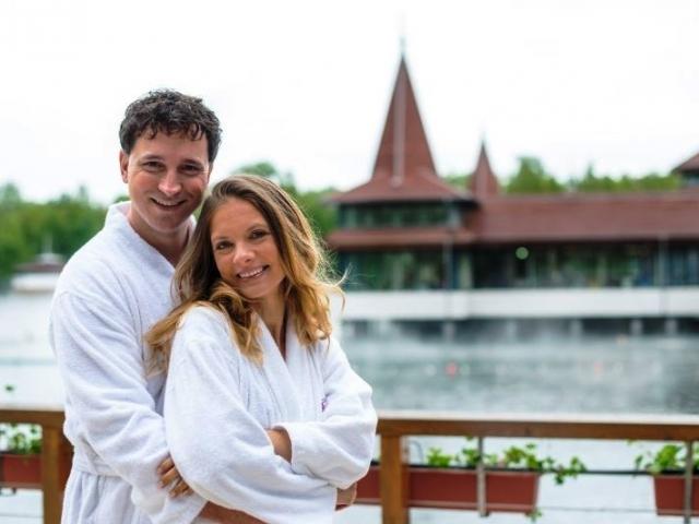 Maďarsko, Hévíz. 4denní wellness pobyt pro 2 v Hotelu Aquamarin*** s polopenzí