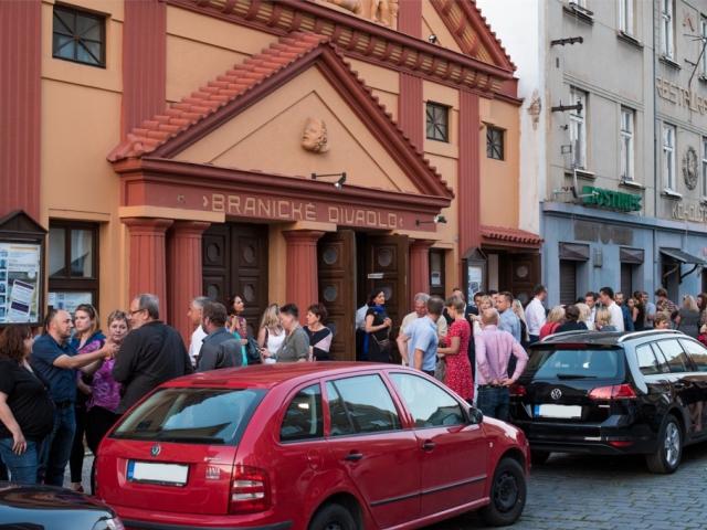 Divadelní představení, koncerty jazzu a popu očekávejte v Branickém divadle, foto ÚMČ Praha 4