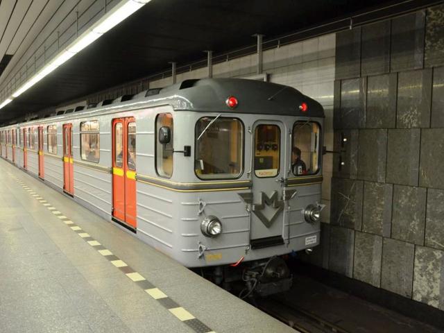 Linka metra A slaví 38 let. Foto DPP