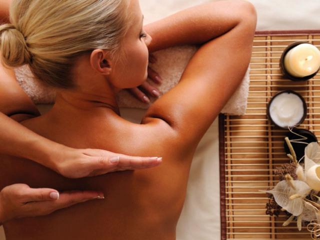 Františkovy Lázně luxusně a levně!  4* wellness pobyt na 6-8 dní ve Spa Hotelu Pyramida