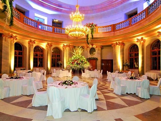 Svatební veletrh na zámku Karlova Koruna s bohatou tombolou