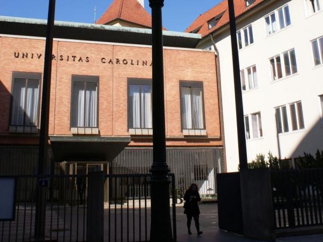 Univerzita Karlova pořádá veletrh pracovních příležitostí Absolvent. Foto Praha Press