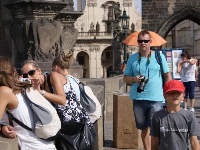 V první polovině roku příjem z cestovního ruchu činil 73,6 miliardy. Foto Praha Press